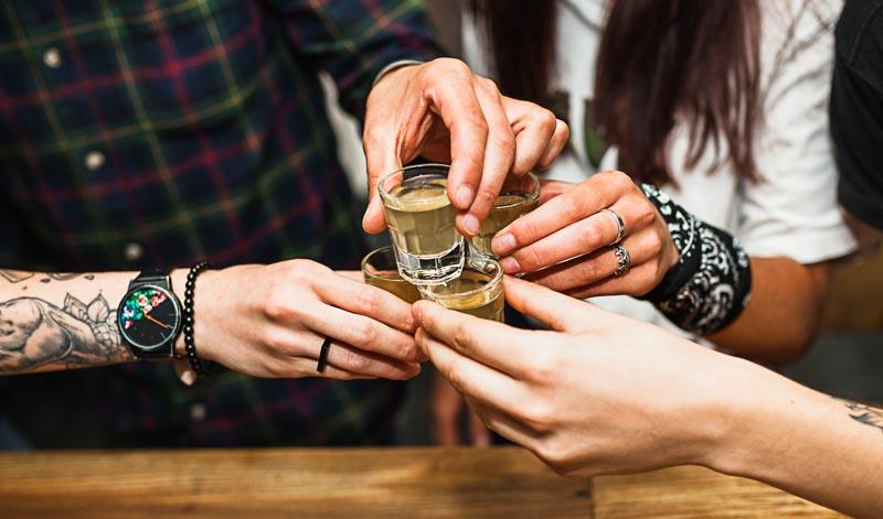Genuss-Geschenke: Rum, Likör, Schnaps verschenken