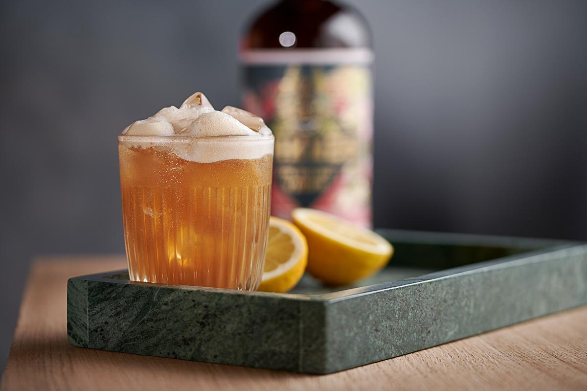 Kakuzo Tea Infused Vodka mit Earl Grey Beauty Shot