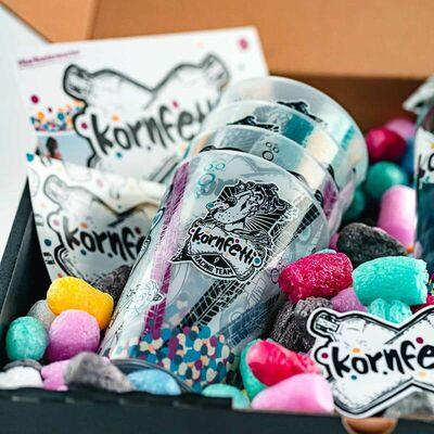 Kornfetti - Geschenkbox (1x Weizenkorn + 4x Becher + Überraschungen) 4