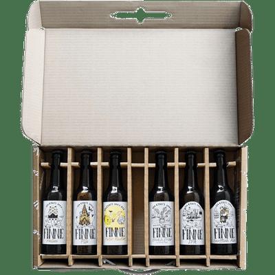 6 Flaschen im Geschenkset & 2 Finne Sensorikgläser (Helles + IPA + Pils + Scottish Ale + Beach Brew + Naturradler)