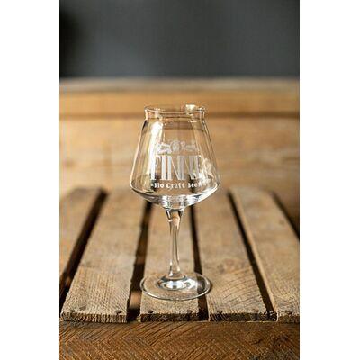 6 Flaschen im Geschenkset & 2 Finne Sensorikgläser (Helles + IPA + Pils + Scottish Ale + Beach Brew + Naturradler) 2
